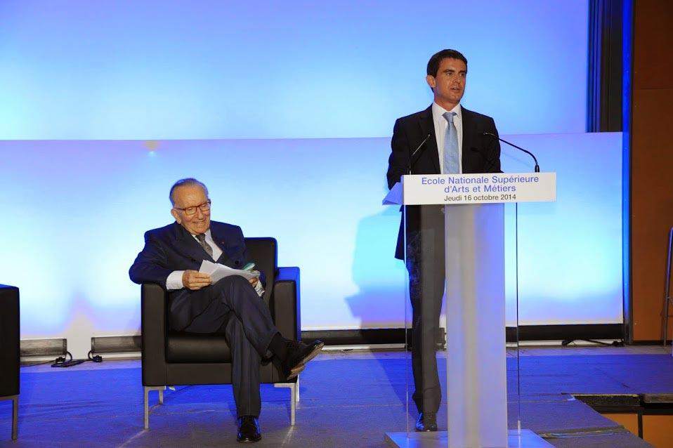 René Hans, invité par Yvan Gattaz au colloque national de l'AJE 1
