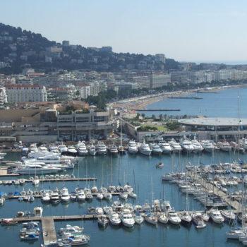 1280px-Cannes_-_port_et_croisette